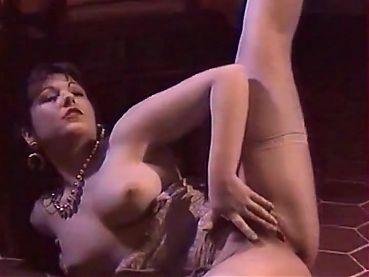 Melodie Kiss Anita II