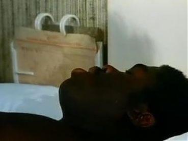 La Doctoresse A De Gros Nichons (1988)