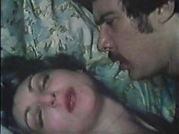 vintage -1975 - Betrayed ladies - 01