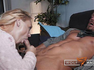 Dirty, sweaty BANG with BRITISH AMBER DEEN! WolfWagner.com